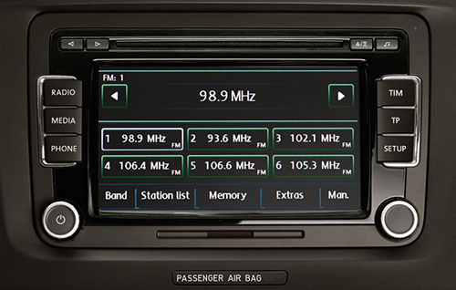 Radio 2-DIN with CD changer Bolero